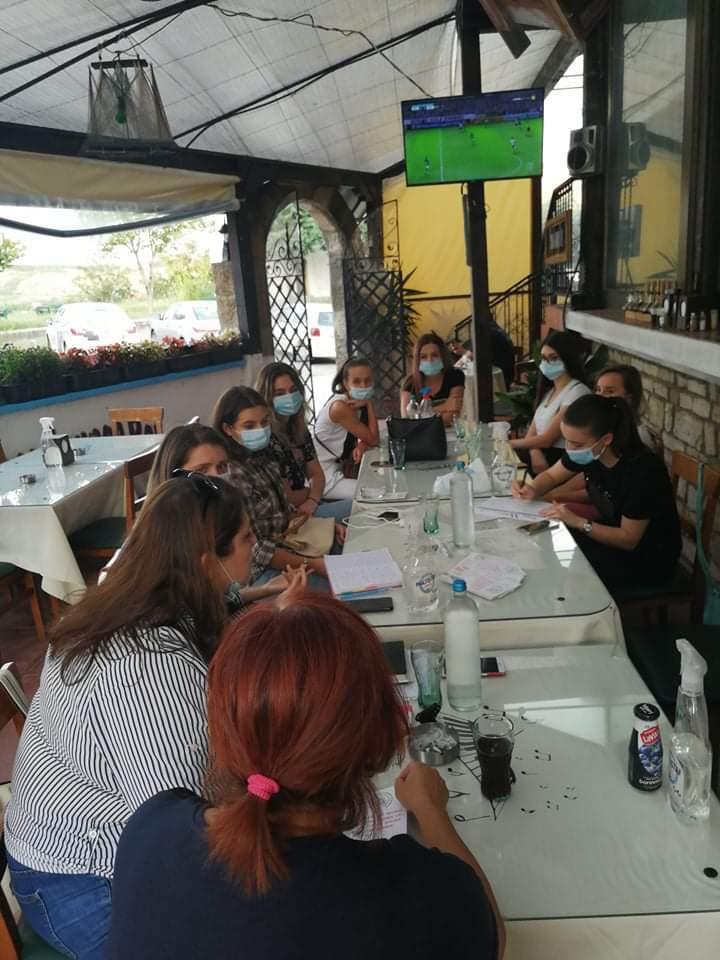 проект: Младите и европските вредности – реализиран од Коалиција на младински организации СЕГА